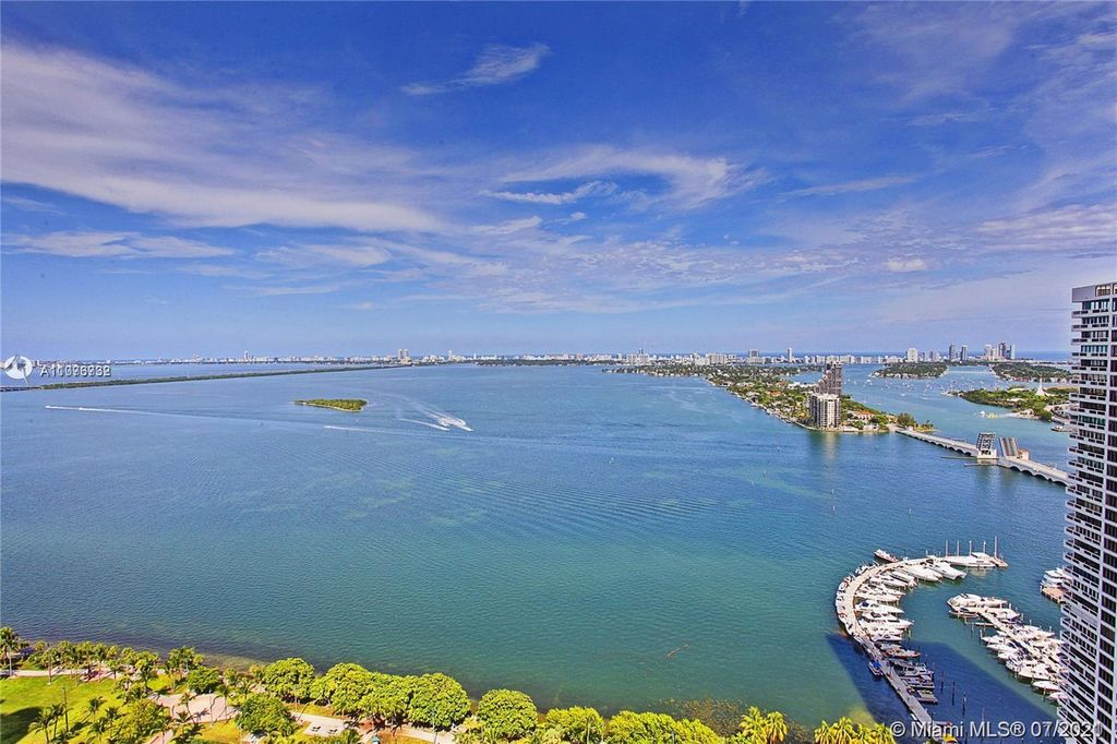 1750 N Bayshore Dr #3601, Miami, FL 33132