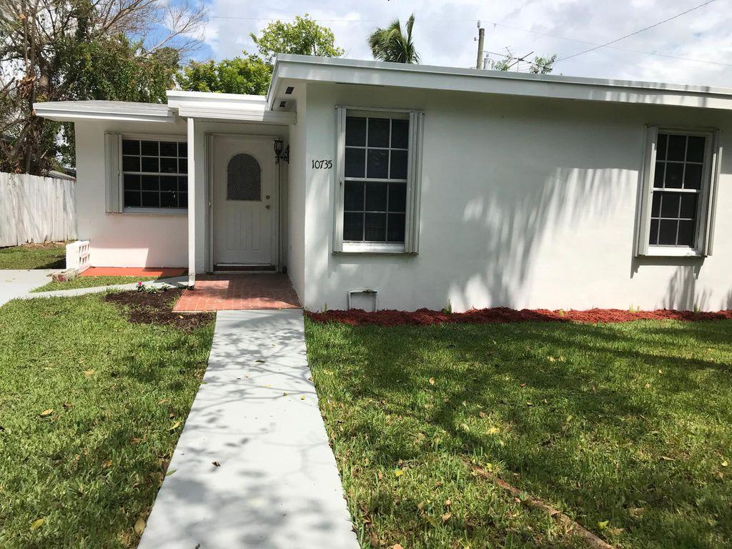 10735 W Old Cutler Rd, Miami, FL 33170