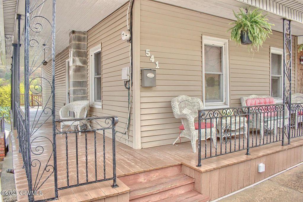 541 W Shamokin St, Trevorton, PA 17881