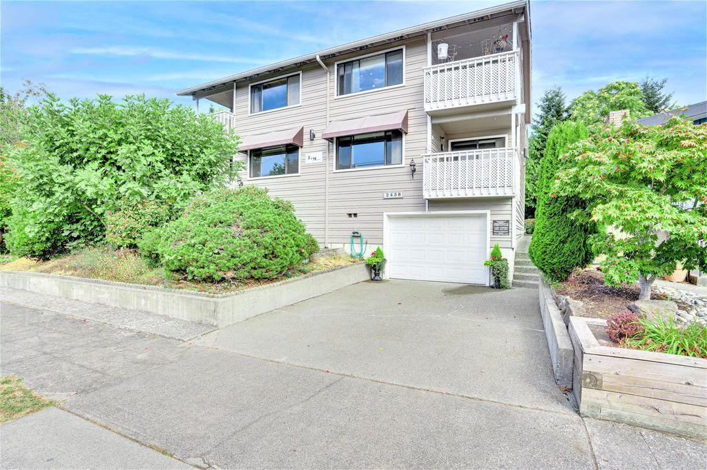 2438 NW 62nd St #102, Seattle, WA 98107