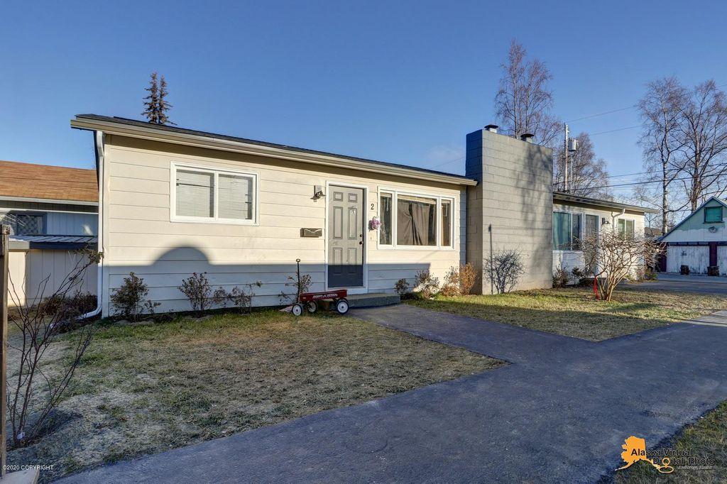 3272 Outta Pl, Anchorage, AK 99517