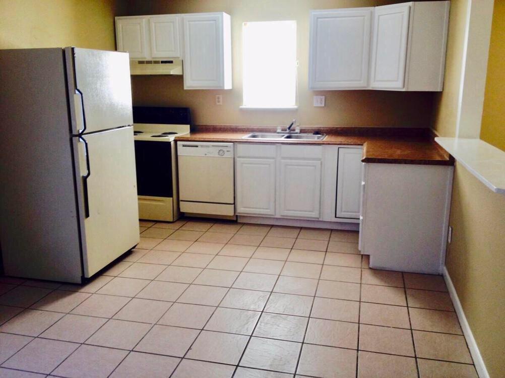 7658 Oak Chase, San Antonio, TX 78239