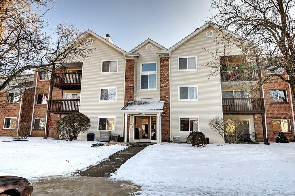 1410 Lake Pointe Way #7, Centerville, OH 45459