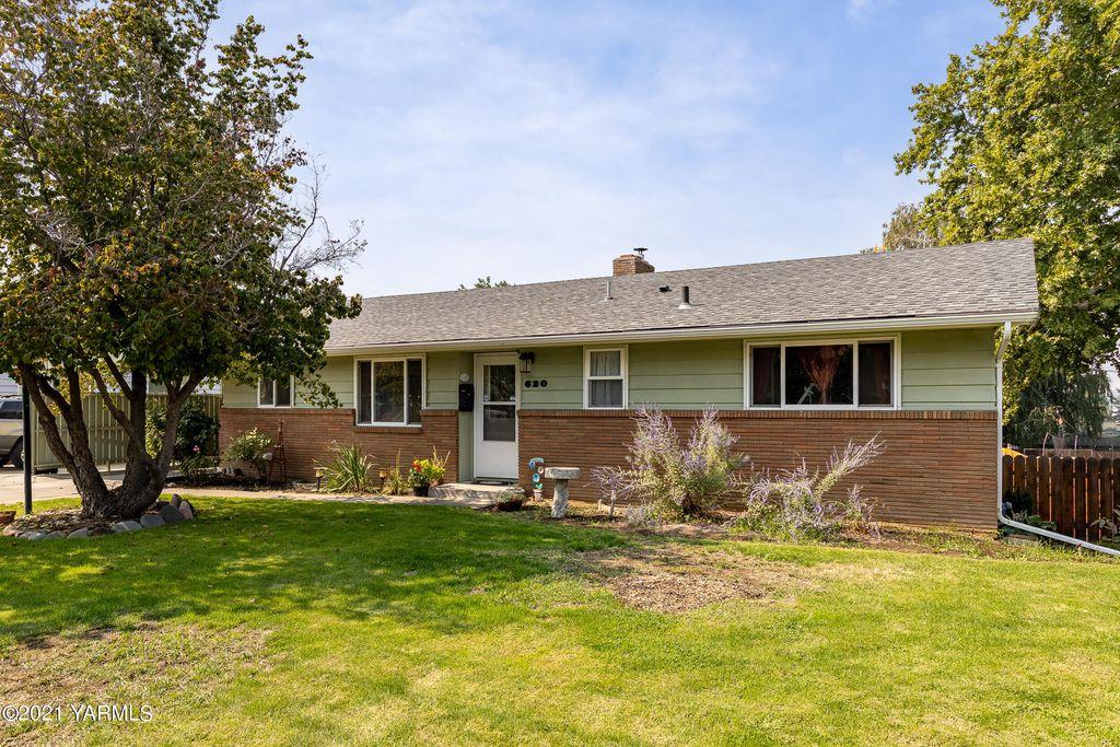 620 S 34th Ave, Yakima, WA 98902