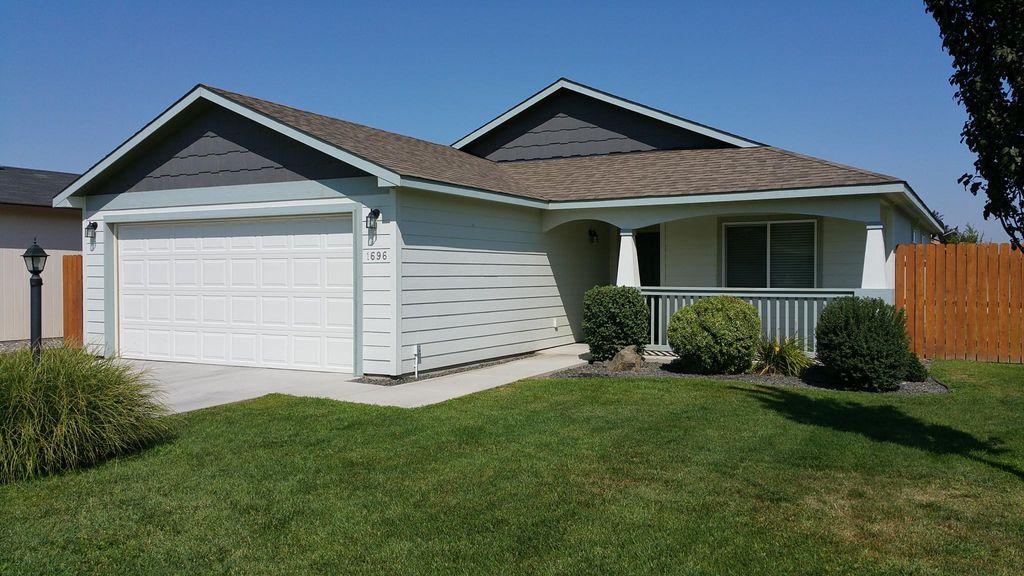 1696 Lantana Ave, Richland, WA 99352