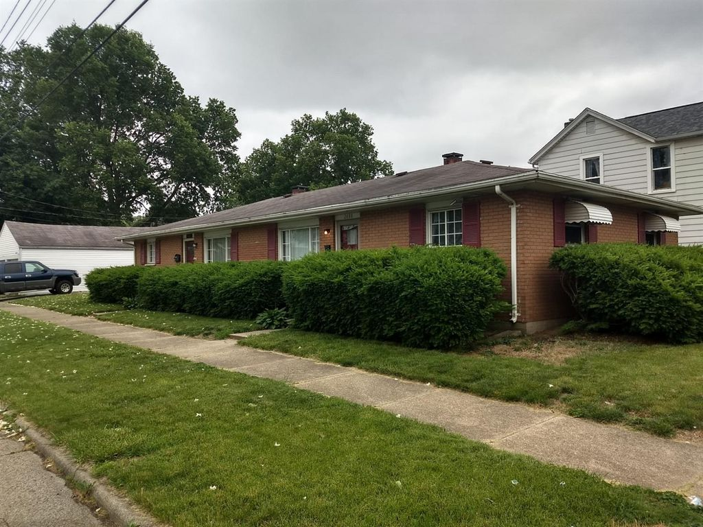 2400 Manchester Ave #2402, Middletown, OH 45042