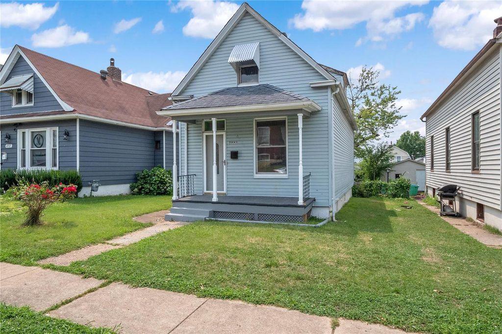 4336 Gannett St, Saint Louis, MO 63116