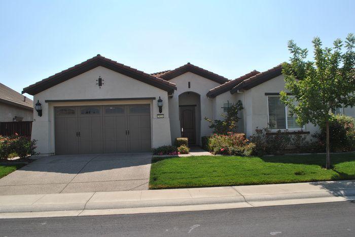 2024 Thornecroft Ln, Roseville, CA 95747