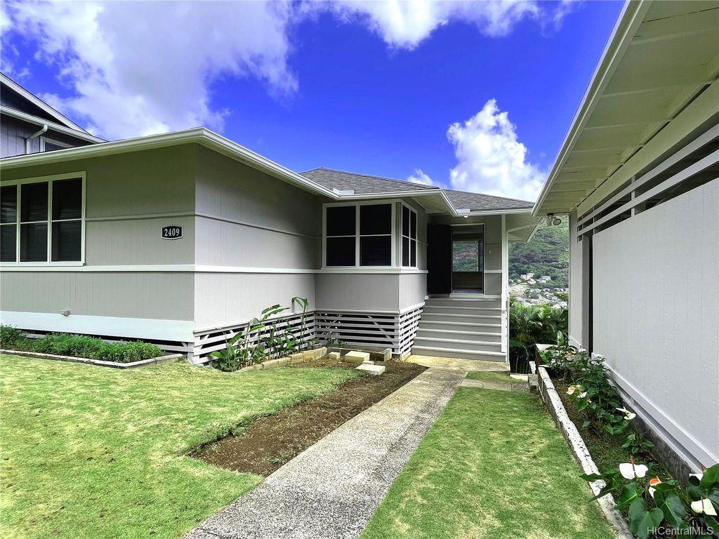 2409 Myrtle St, Honolulu, HI 96816