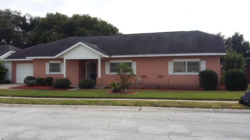 3211 San Pedro Ln, Orlando, FL 32827