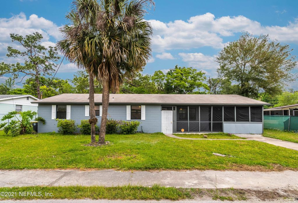 5353 Betty Ann Ln, Jacksonville, FL 32207