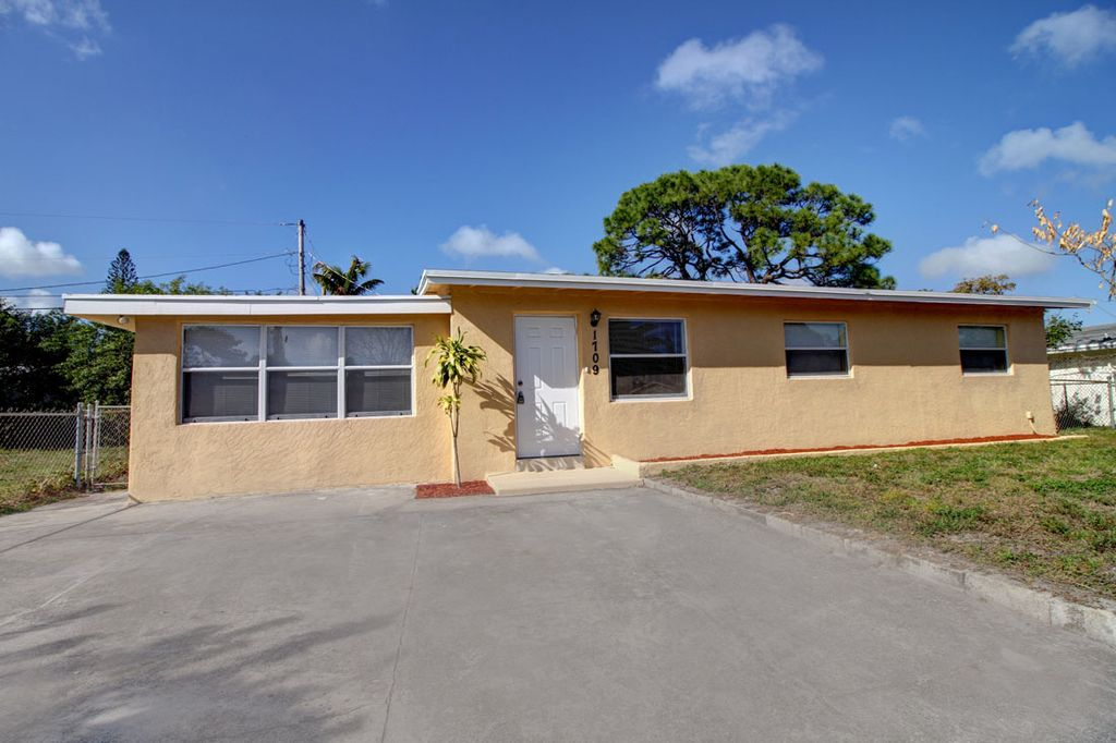1709 NW 16th Ct, Fort Lauderdale, FL 33311