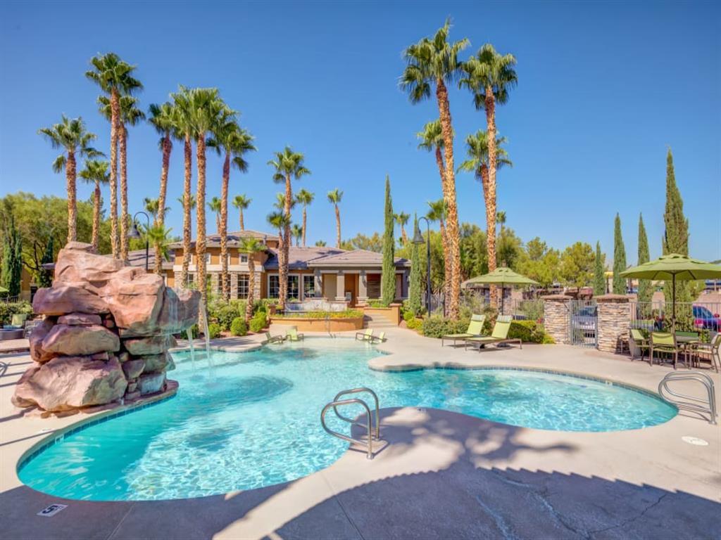 4370 S Grand Canyon Dr, Las Vegas, NV 89147