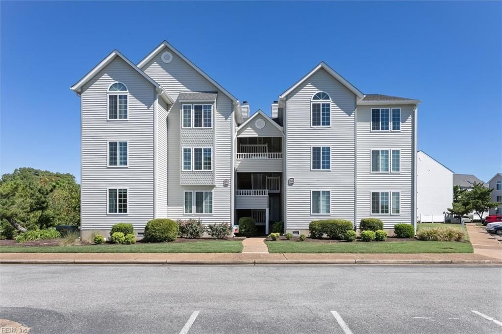 205 Dockside Dr #C, Hampton, VA 23669