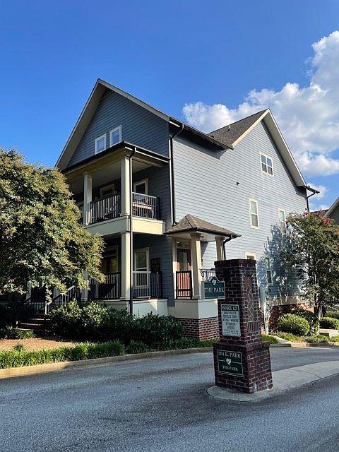 204 E Park Ave #203, Greenville, SC 29601