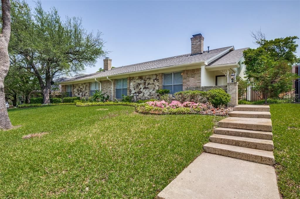 10532 Pagewood Dr, Dallas, TX 75230