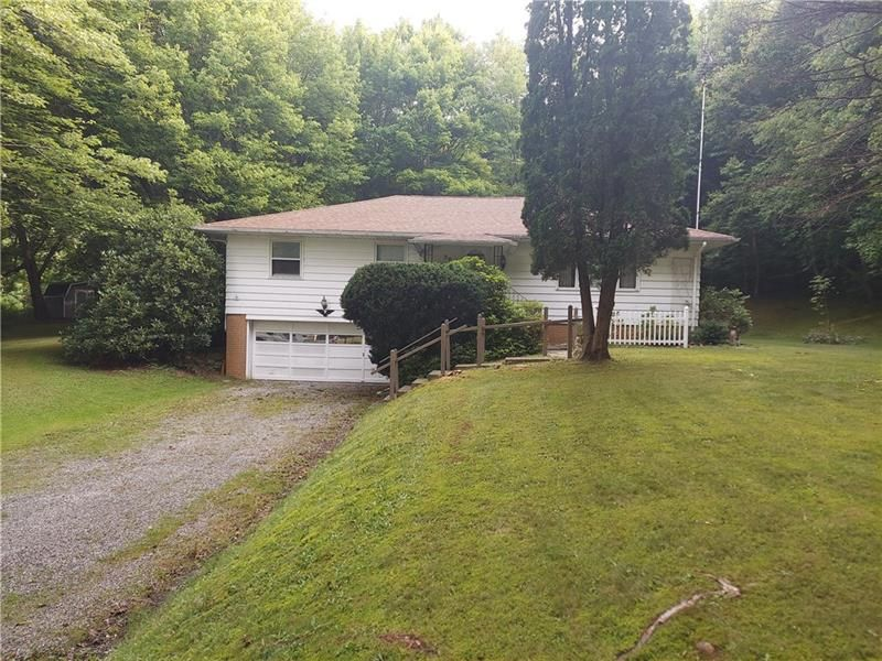 5917 Sandy Lake Polk Rd, Sandy Lake, PA 16145