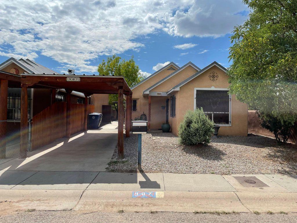 907 20th St NW, Albuquerque, NM 87104