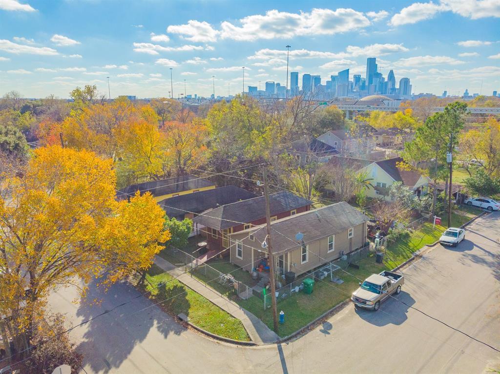 1415 Bayou St, Houston, TX 77020