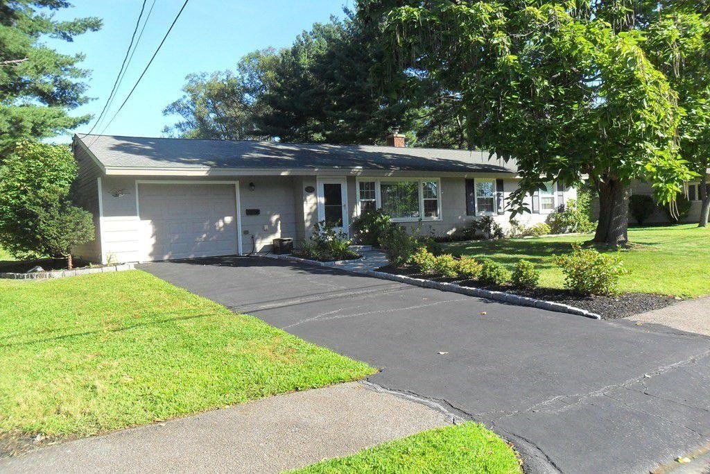 10 Cornell Rd, Framingham, MA 01701