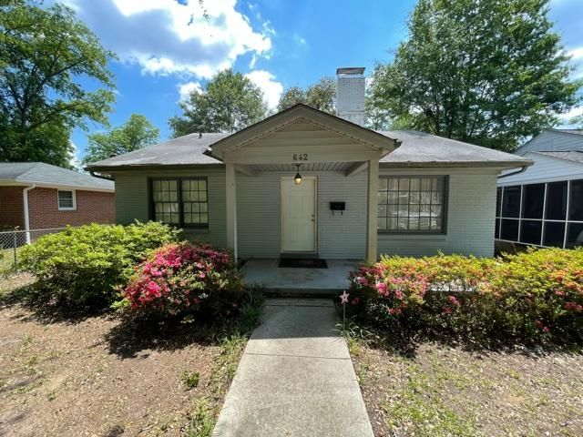 642 S Holly St, Columbia, SC 29205