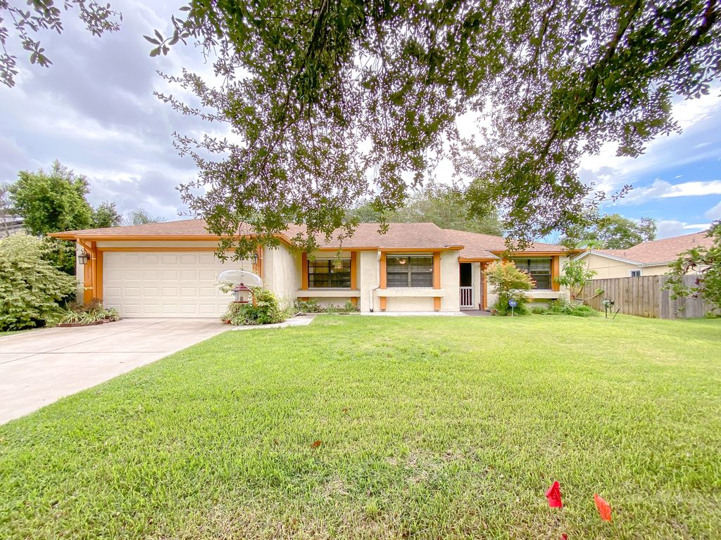 113 S Deerwood Ave, Orlando, FL 32825