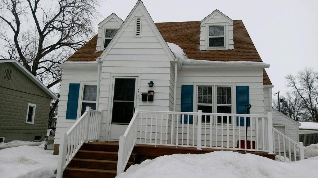 1806 6th Ave N #BASEMENT, Grand Forks, ND 58203