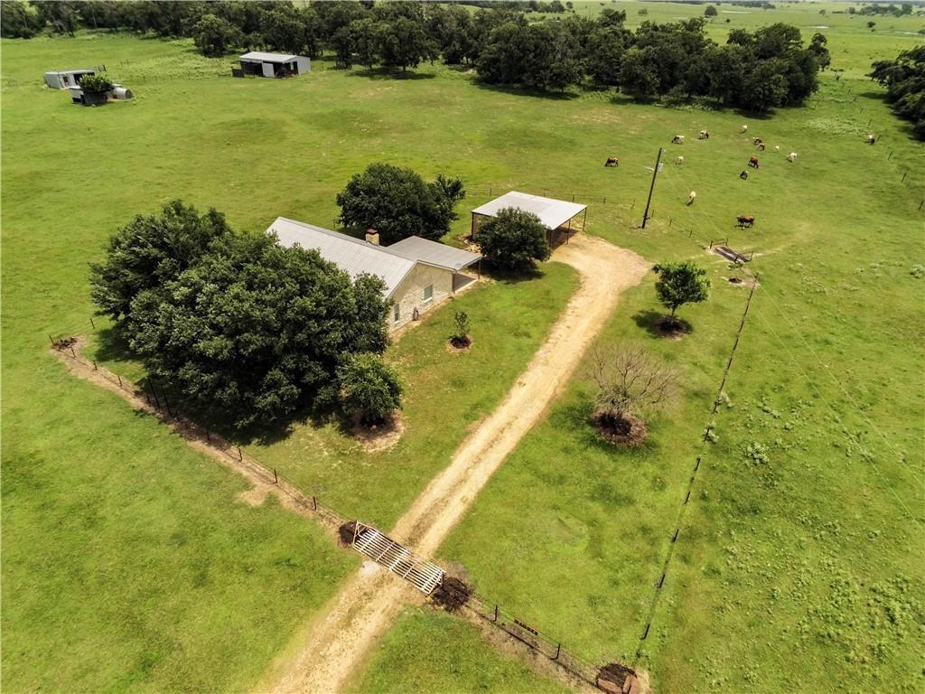 1170 Private Road 3241, Lincoln, TX 78948