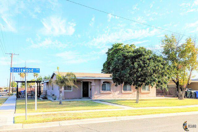 1203 Driftwood Dr, El Centro, CA 92243