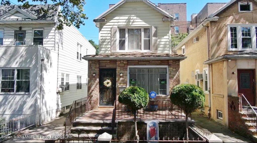 1641 W 11th St, Brooklyn, NY 11223