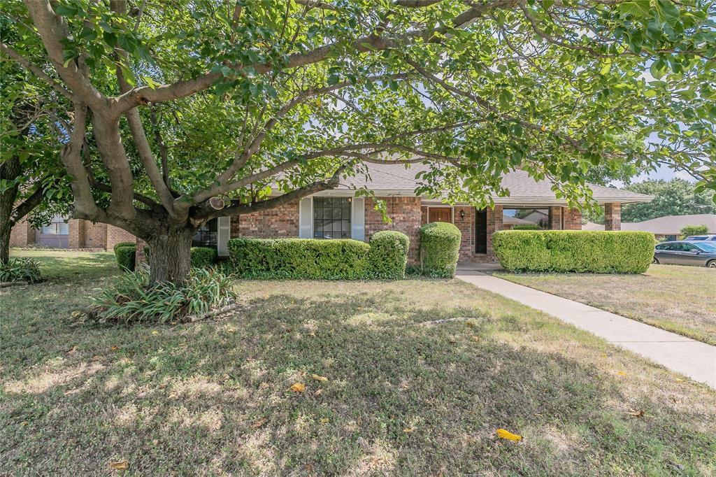 6409 Brookhaven Trl, Fort Worth, TX 76133