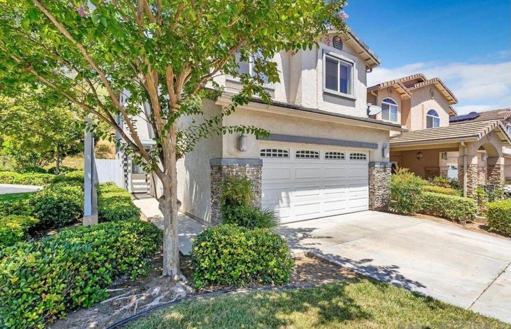 8740 Glen Vista Way, Santee, CA 92071