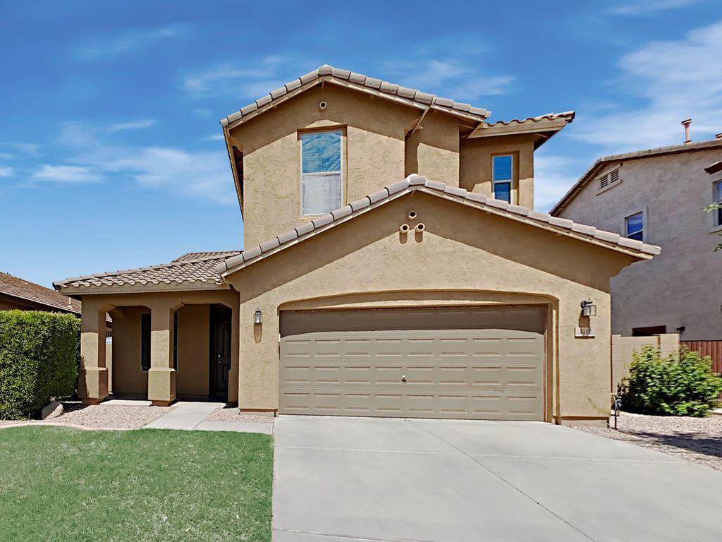 4112 E Cherry Hills Dr, Chandler, AZ 85249