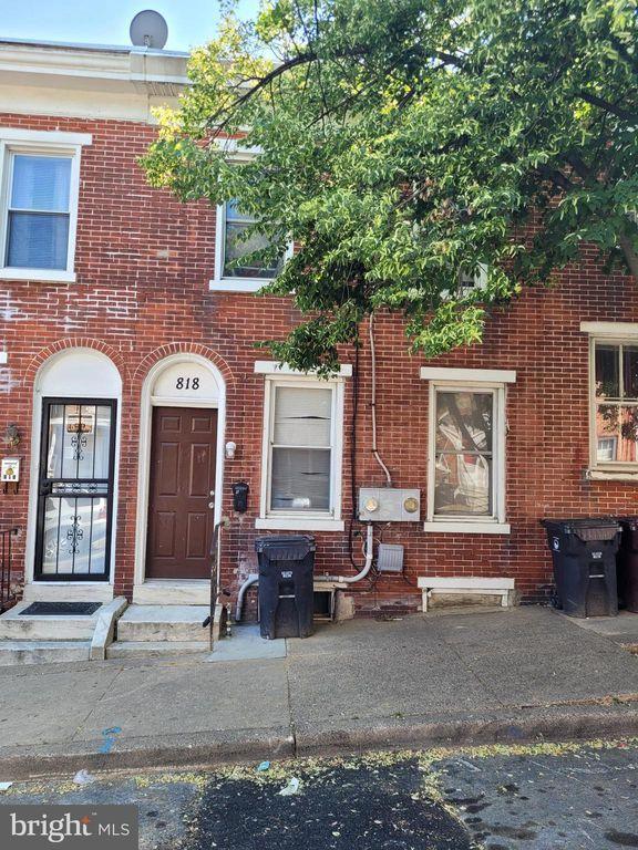 818 W 7th St, Wilmington, DE 19801