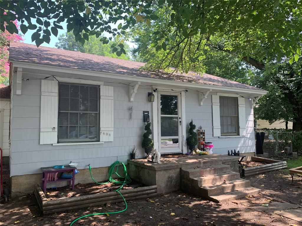 7404 Ewing Ave, Fort Worth, TX 76116