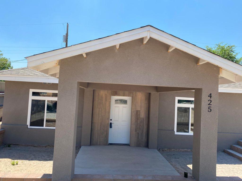 425 60th St NW, Albuquerque, NM 87105