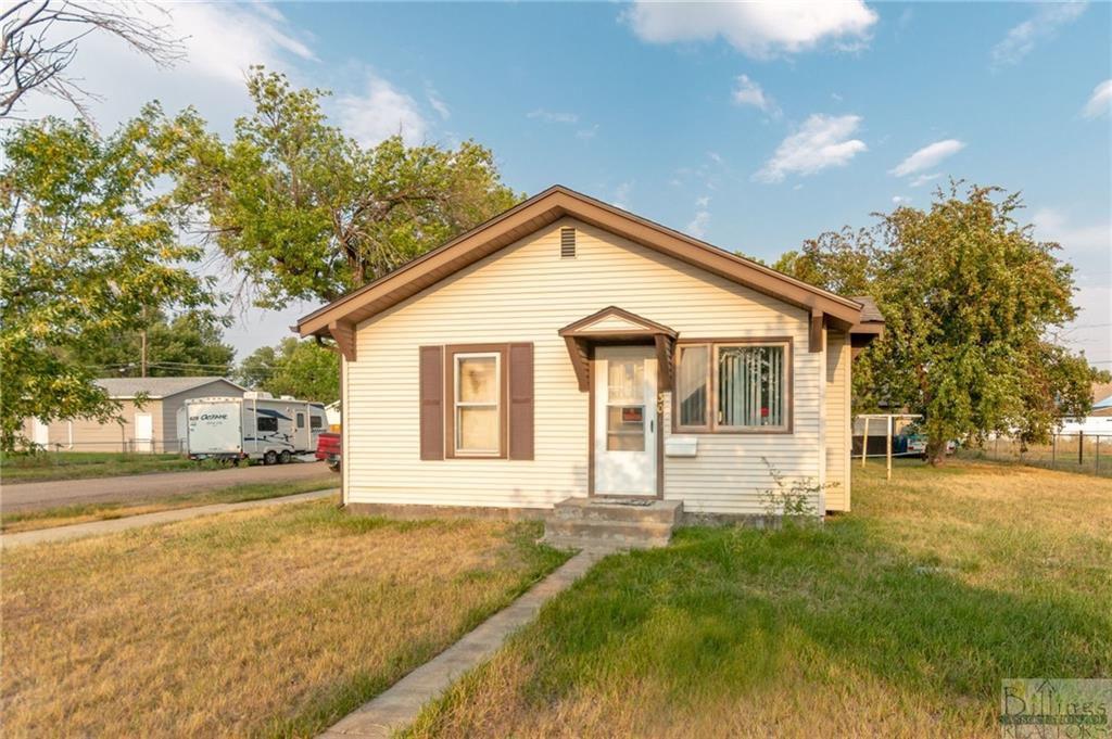 301 West Ave, Laurel, MT 59044