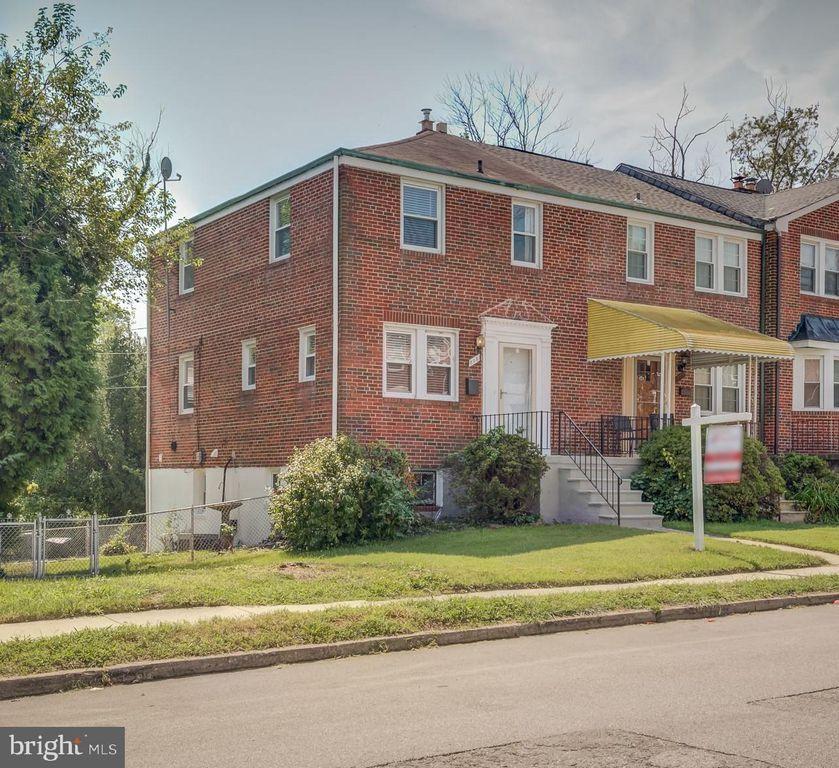 5037 Westhills Rd, Baltimore, MD 21229