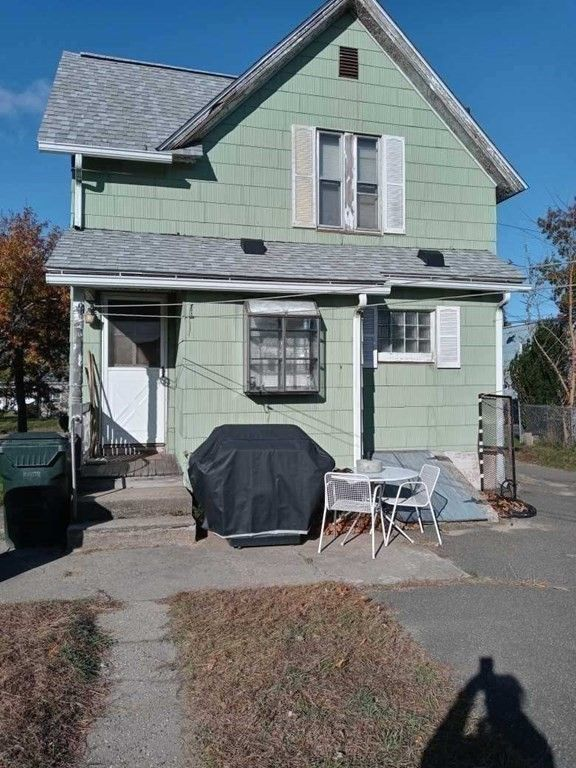 1417 Worcester St, Springfield, MA 01151