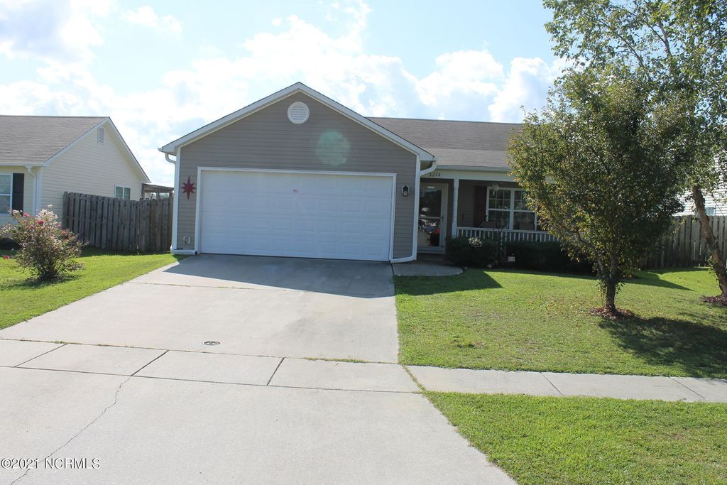 3274 Greenridge Way, Leland, NC 28451
