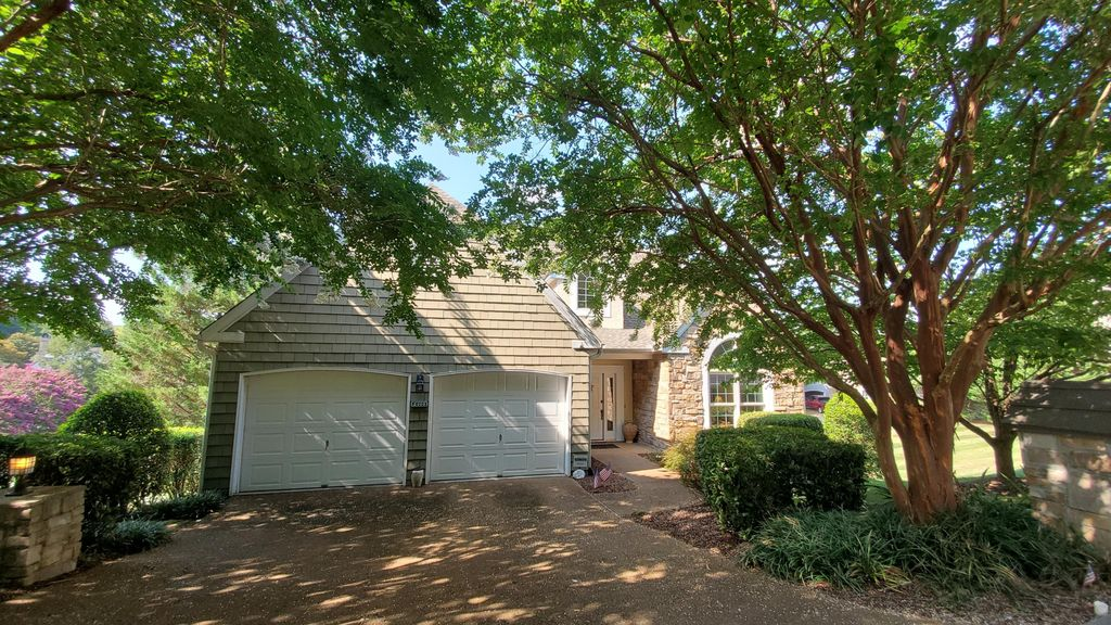 2101 Cottage Row Ln, Knoxville, TN 37922