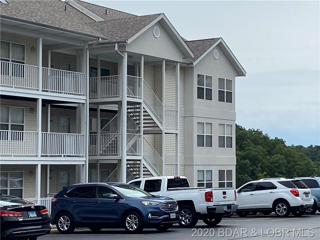 4800 Eagleview Dr #645, Osage Beach, MO 65065