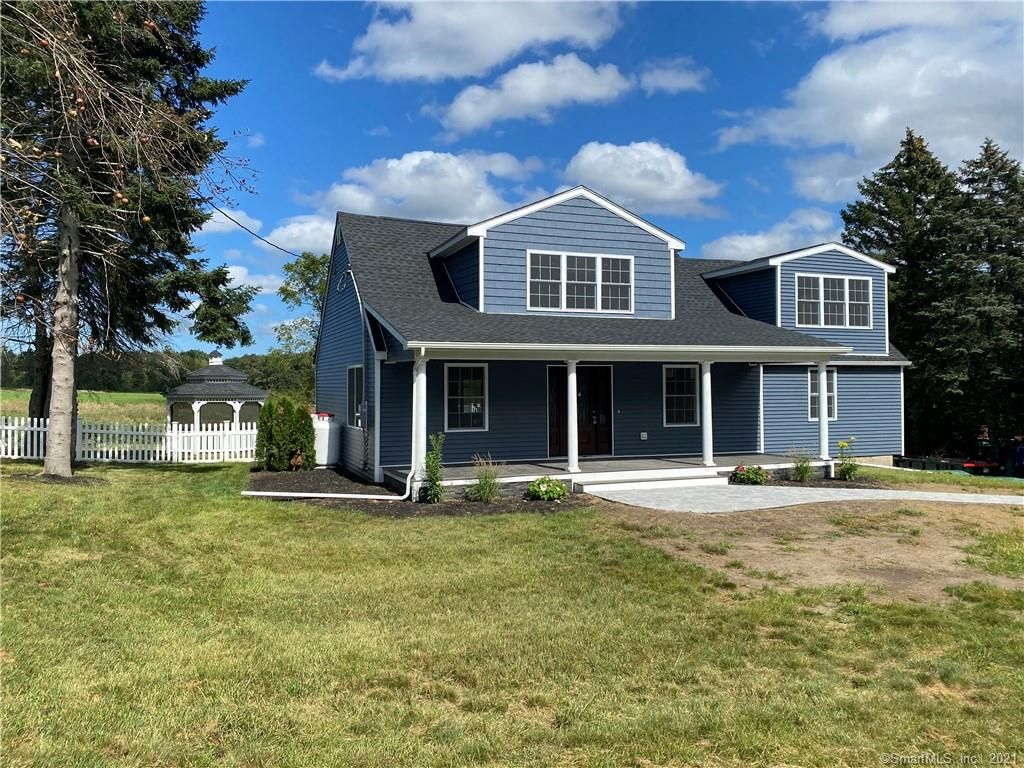 81 Pleasantview Dr, Suffield, CT 06078