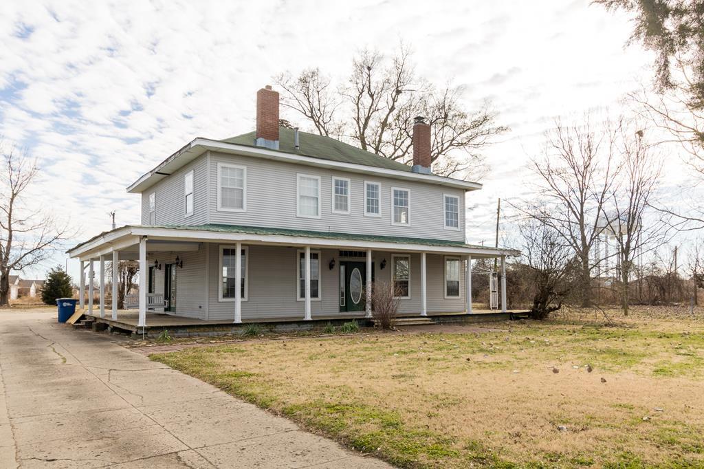713 Rainer Rd, West Memphis, AR 72301