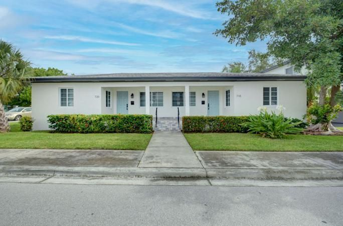 720 11th Ave N #1, Lake Worth, FL 33460