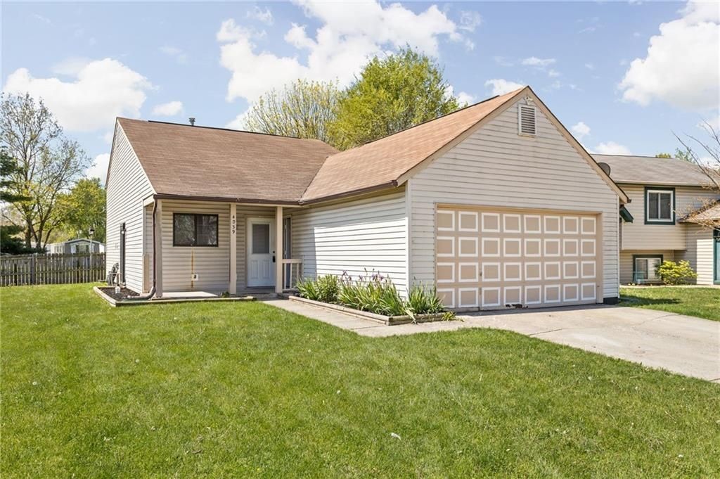 4039 Harmony Ln, Indianapolis, IN 46221