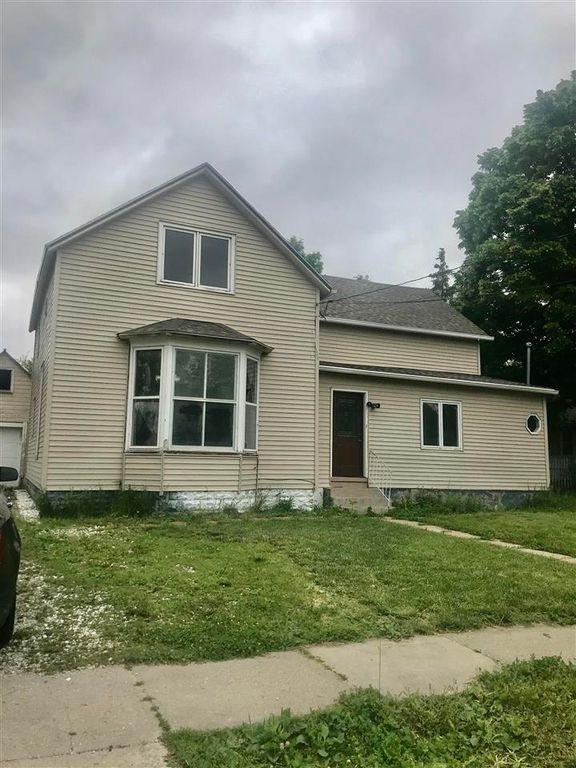 404 E 2nd St, Madison, NE 68748