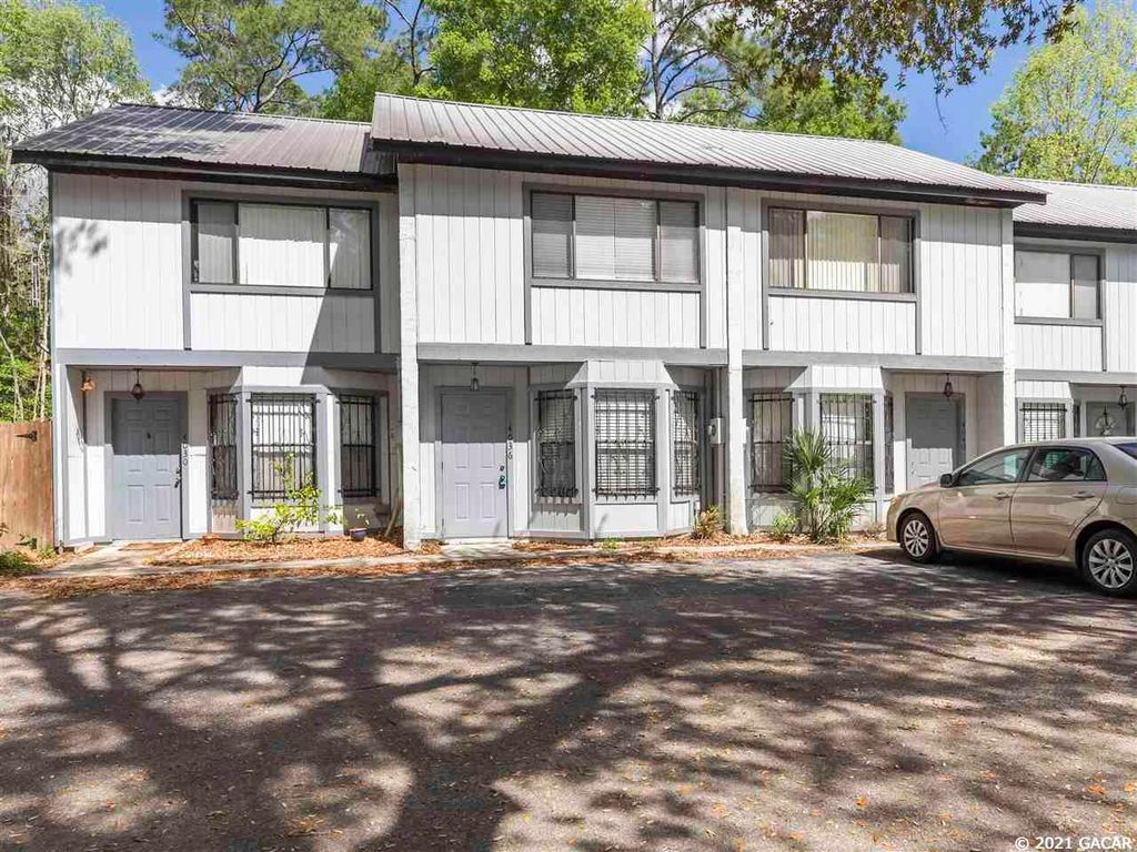 4036 SW 15th Pl, Gainesville, FL 32607