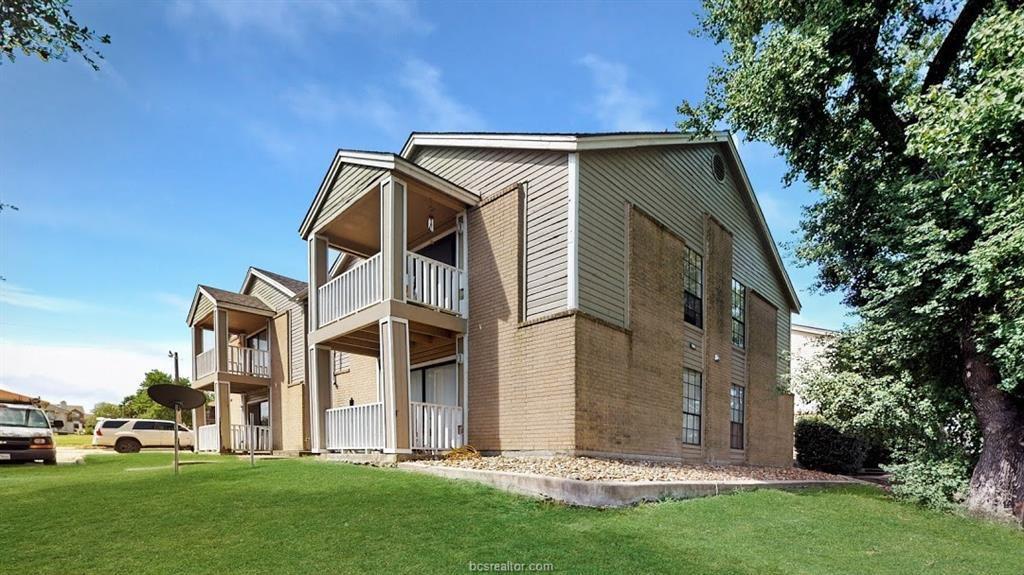 1014 Autumn Cir #A, College Station, TX 77840