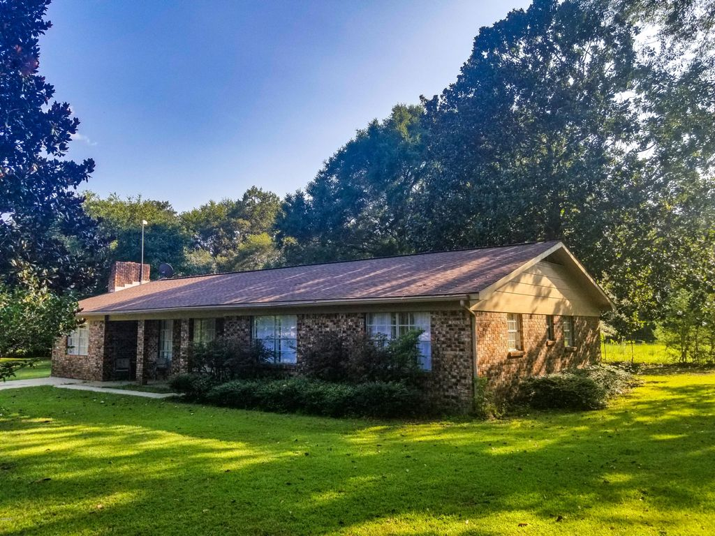 243 Anderson Subdivision Cir, Lucedale, MS 39452
